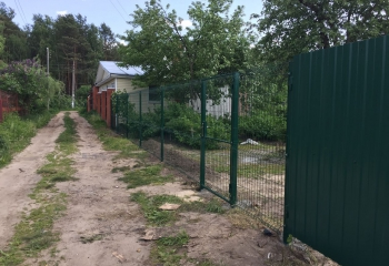 Забор из 3d ворота из профлиста